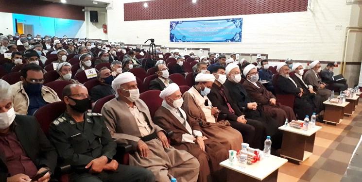 همایش اهلبیت در نگاه پیروان امام شافعی در سقز برگزار شد